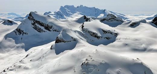 Hurrungane är ett stort och mäktigt bergsmassiv.