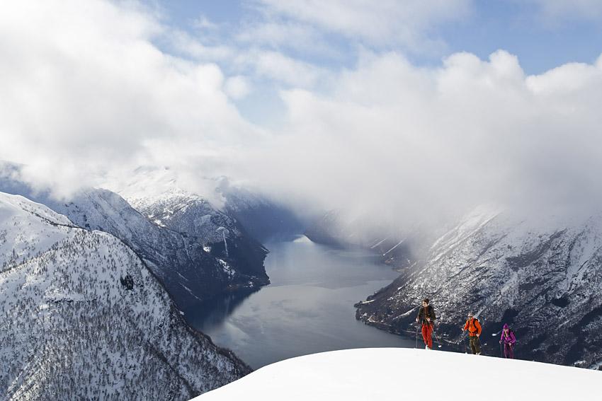 Man är bortskämd med utsikt från toppen av Skredfjellet.