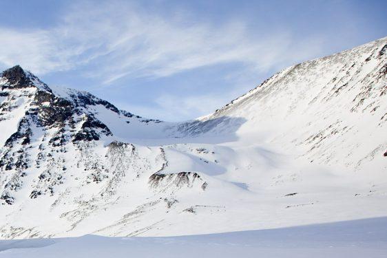 Kaskasatjåkka, via Sydöstra Kaskasatjåkkaglaciären